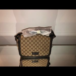 Gucci Messenger New Canvas Cross Body Bag
